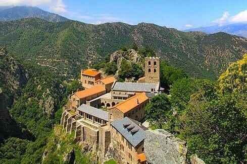 Abbaye St-Martin du Canigou (op 1h)